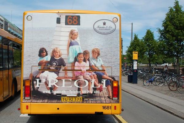 Reklame på busbagside