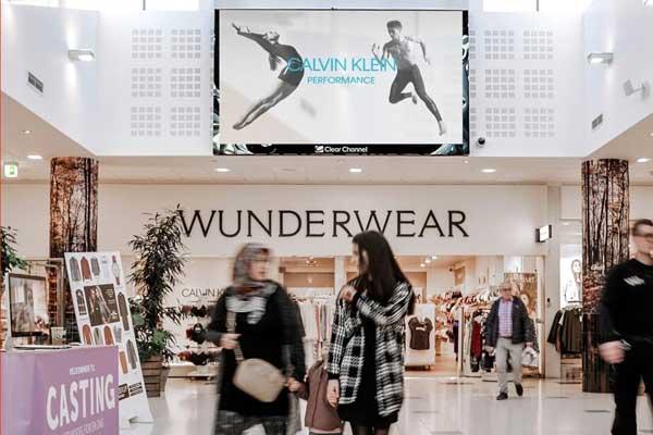 Play Mall Billboard i storcenter